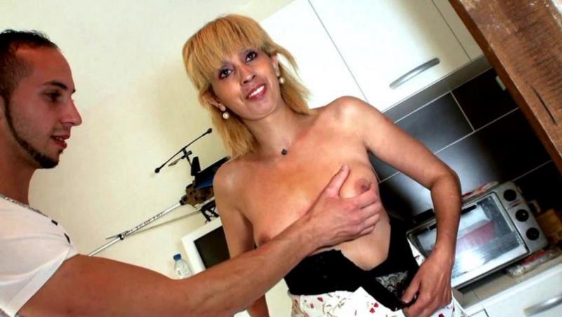 #PRon Zhelia (38ans, hôtesse de caisse! /  [2017 г., Beurette, Débutante, Sodomie, 1080p (FullHD)]