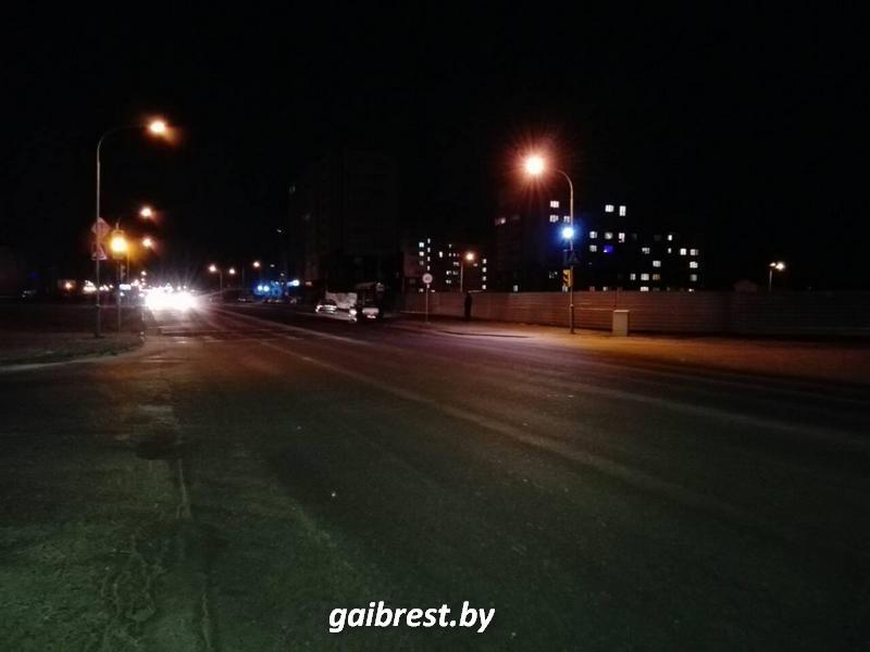 Кобрин: под колесами иномарки пострадал пешеход