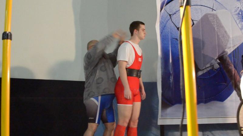 Брычов Вадим. 160 кг. Тренер Павел Гузев.