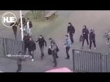 В Голландии псих с двумя ножами напал на школьников