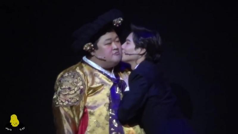 140518 TAEMIN FanCam (Goong Musical- Aegyo and kiss) (1)