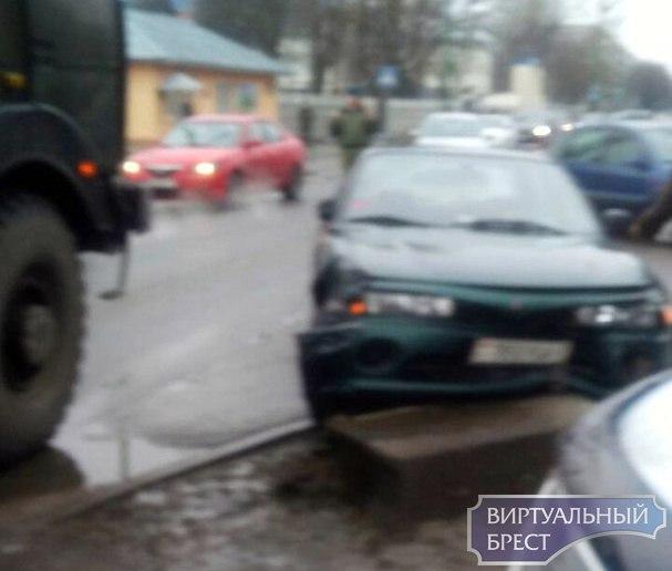 В Южном на ул. Жукова ДТП - движение ограничено