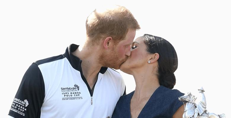 Принц Гарри и Меган Маркл поцеловались на людях: фото и последствия нарушения королевского протокола