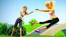 Видео с куклами. Барби стала спортсменкой! Игры для девочек.