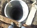 Копайте так,чтобы никогда не заполнялась каналюга на Павловке 1.5 метра мерзлоты.