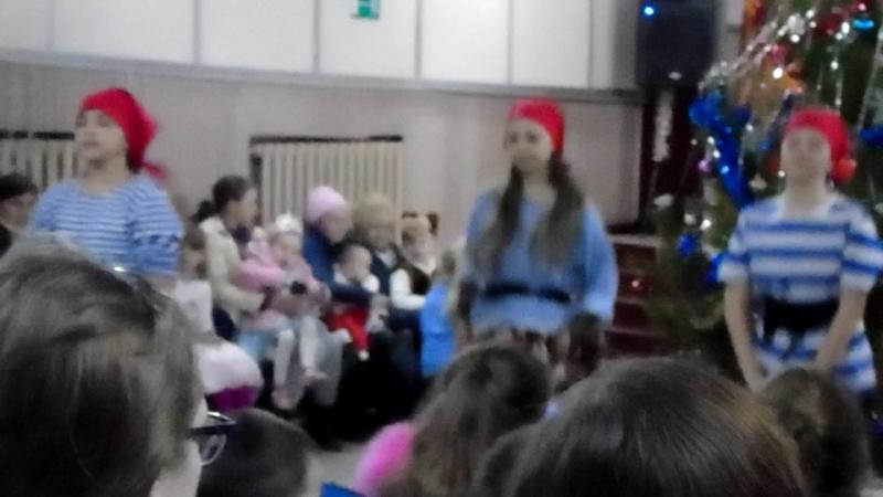 Танцевальный колектив Кендис танец разбойников.