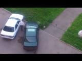 Жена поймала мужа с любовницей и разбила его машину. Жесть! Спалила; застала; застукала; измена и наказание; месть; авто