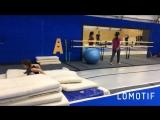 Диана занимается акробатикой. Тренер Остроухова Ольга.