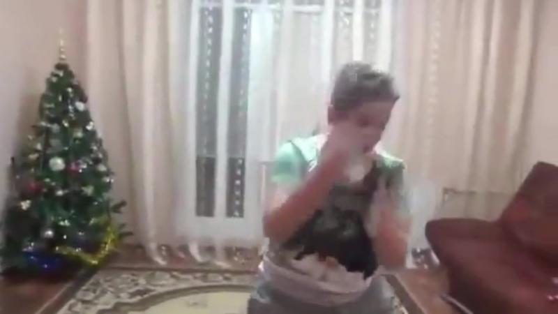 ДЕБИЛ АТЛЕЧНЕГ ЛАЙФ НАКИДАЛСЯ СПАЙСУХАМИ