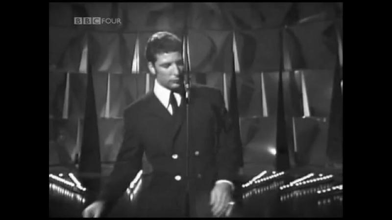 TOM JONES - Ill Never Fall In Love Again (1967)