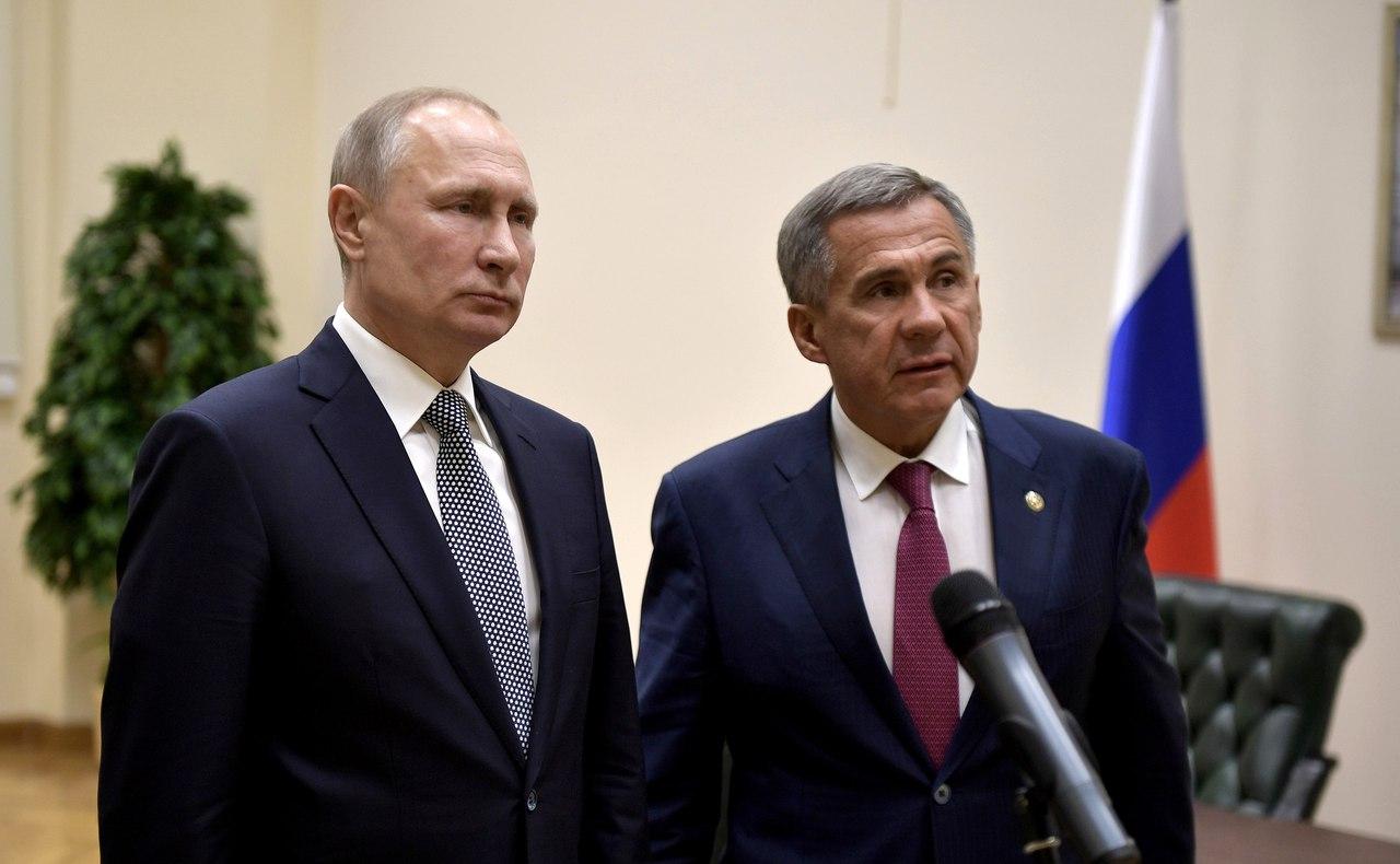 Путин и Минниханов навестили бывшего президента Татарстана