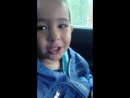 Маленький брат поёт