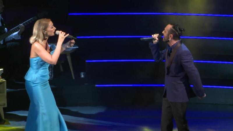 Sila Mabel Matiz - Muhbir (Harbiye Açıkhava Konseri)