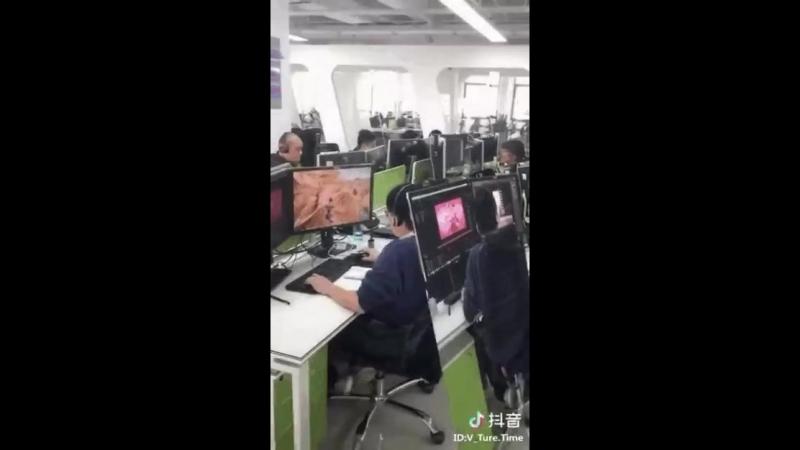 гифка-азиатские-выдумщики-офис-Игры-4370715