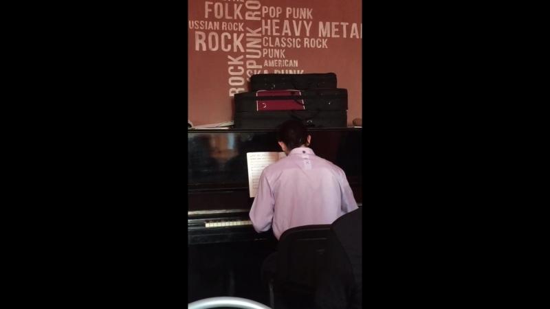 Ram Hardy - Mini - Hit (Piano Live)