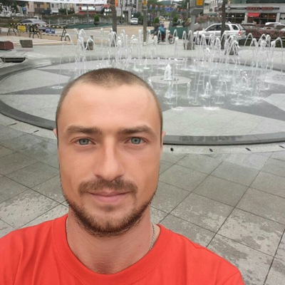 Александр Томсон