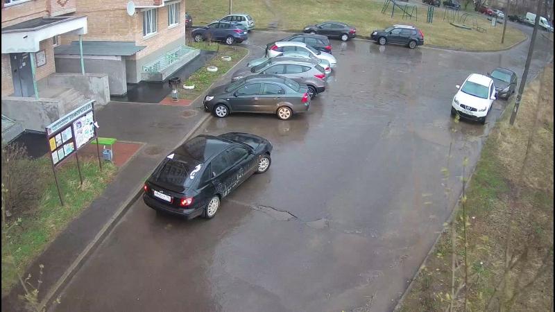 Гагарина д.4 п.1 Парковка главный вход