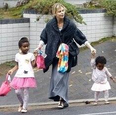 Шарлиз Терон рассказала, почему больше не хочет иметь детей