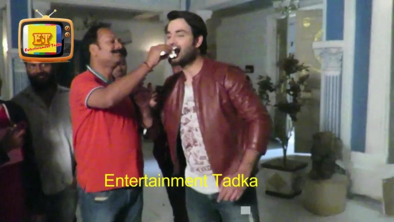 Exclusive _ Vivian Dsena Celebrates His 10 years Completion In The Industry With