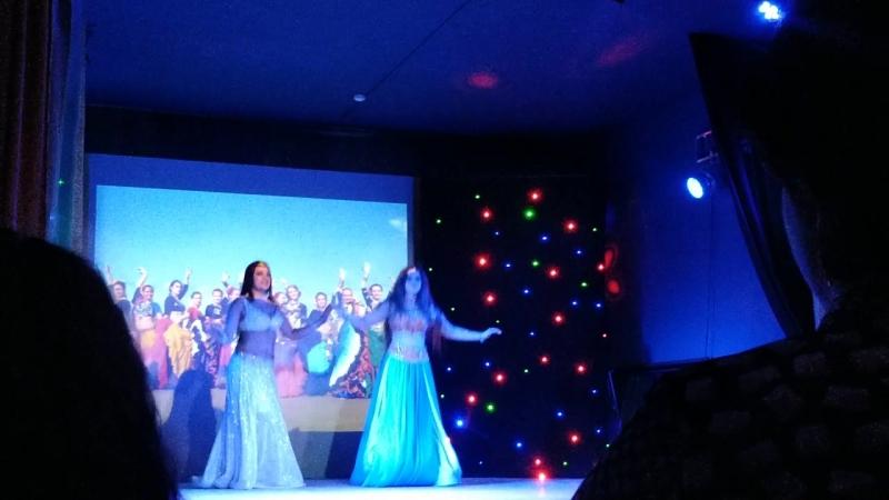 Танцевальная Атмосфера DANCE WORLD г. Североморск_дуэт табла в моей семье_мама и дочь_Оксана и Алёна