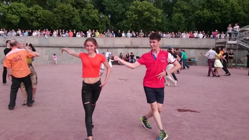 Самба Open air Бальные танцы Парк Горького Москва 07 07 18