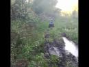 Ребенок на YACOTA KIDS 7 преодолевает грязь!