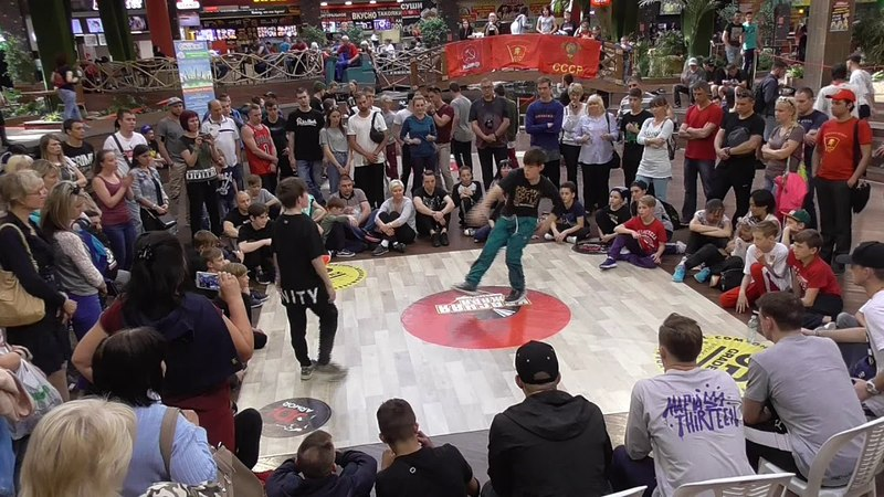 12 Pauk Ижевск и Серж Тольятти kids 1I4 финала Красная жара Саратов 13 05 2018