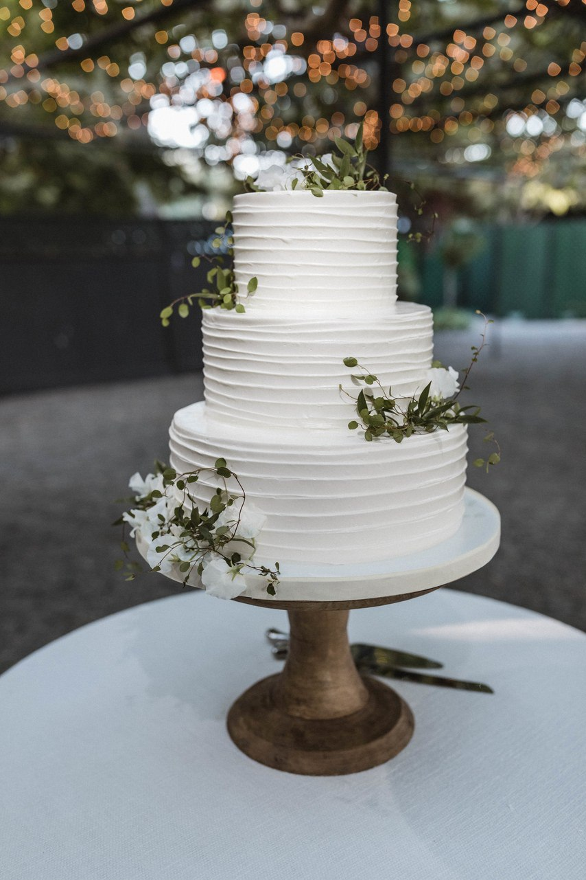 YIqTFeGNF M - Много ли интересного в комплекте услуг свадебного ведущего?