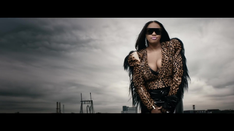 Remy Ma - Wake Me Up ft. Lil Kim