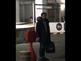 FANCAM 10.12.17 Дэхён после мюзикла 'All Shook Up'