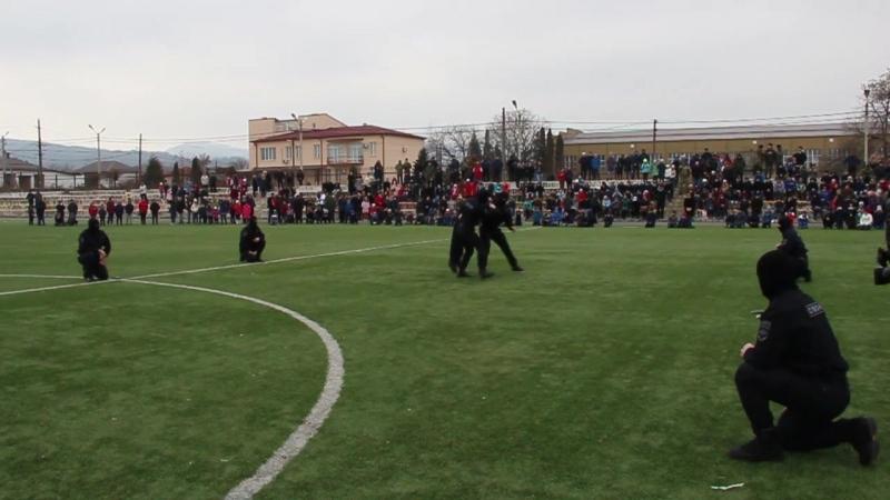 В Северной Осетии бойцы ОМОН Росгвардии приняли участие в празднике посвященном Дню защитника Отечества