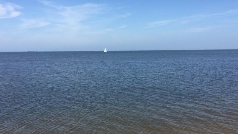 «Белеет парус одинокий в тумане моря голубом!...