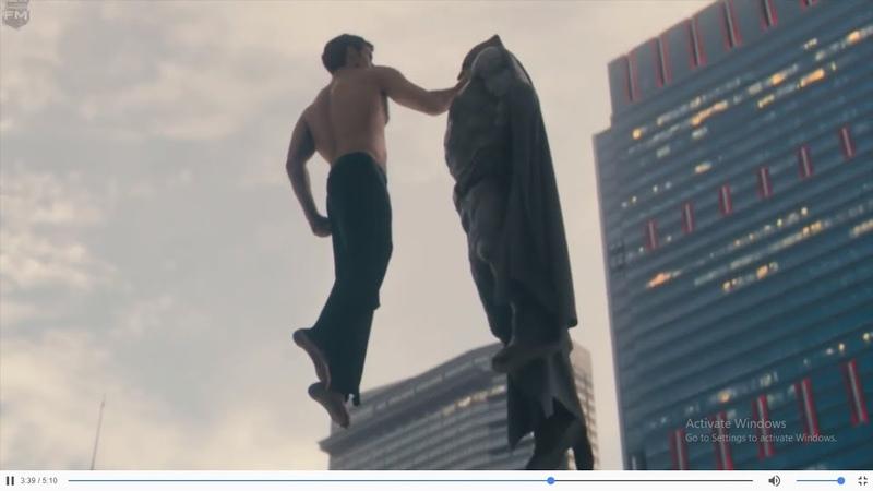 Superman chấp cả liên minh công lý | Trong phim quái vật