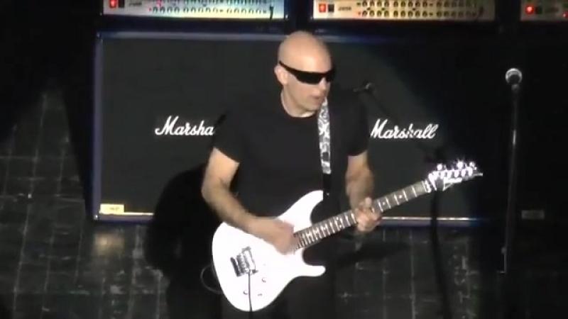 G3 2012 Moscow_ Steve Vai, Joe Satriani, Steve Morse - YouTube [360p]