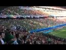 Очень энергично поют фанаты Северной Ирландии. Евро 2016