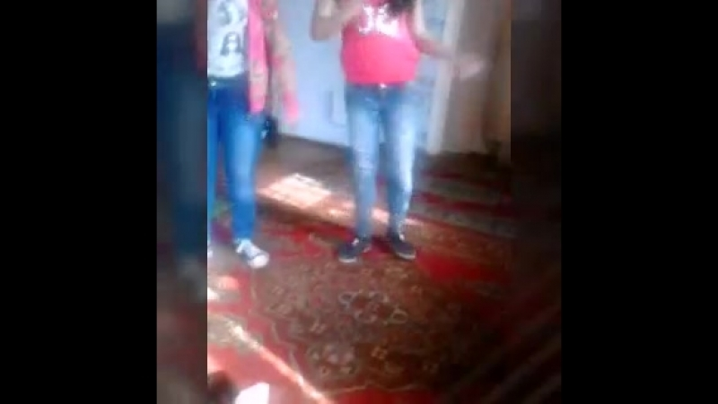 Самира Алиева и Илона атаева