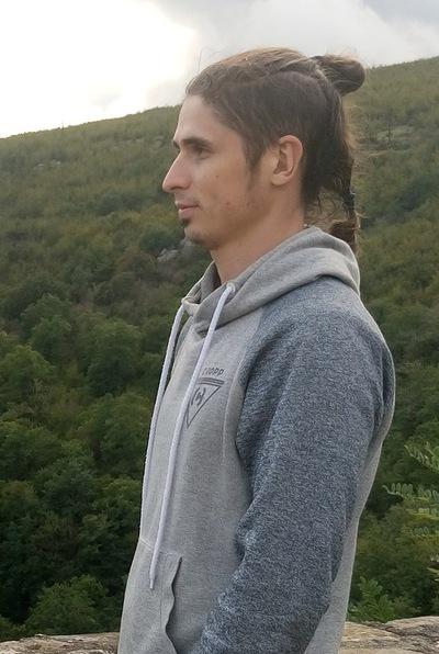 Александр Эсаиашвили