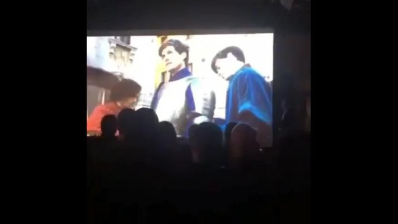 Каст «Медичи: Повелители Флоренции» на вечеринке по поводу завершения съемок второго сезона.