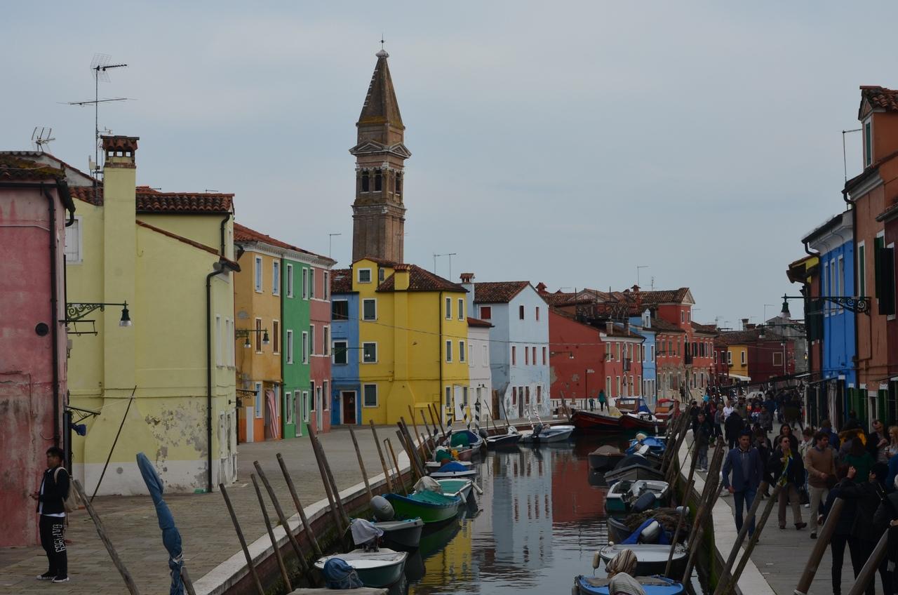 wYt8_7oWVxc Бурано остров в Италии (Венеция).