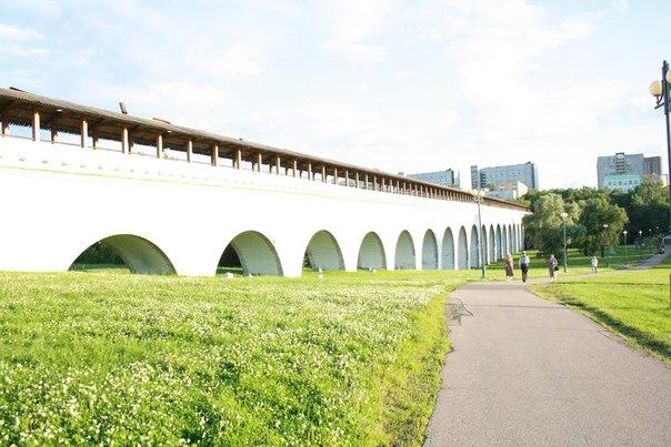 С 1962 года вода перестала поступать в Москву и здесь проложили теплотрассу.