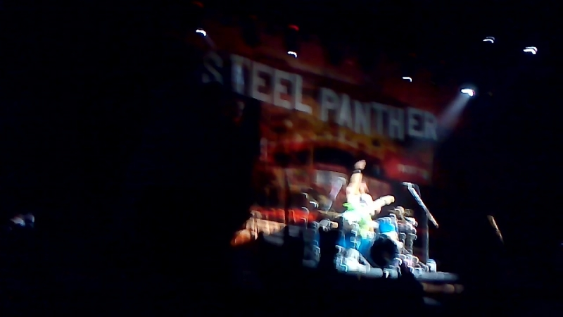 Steel Panther Satchel's Solo