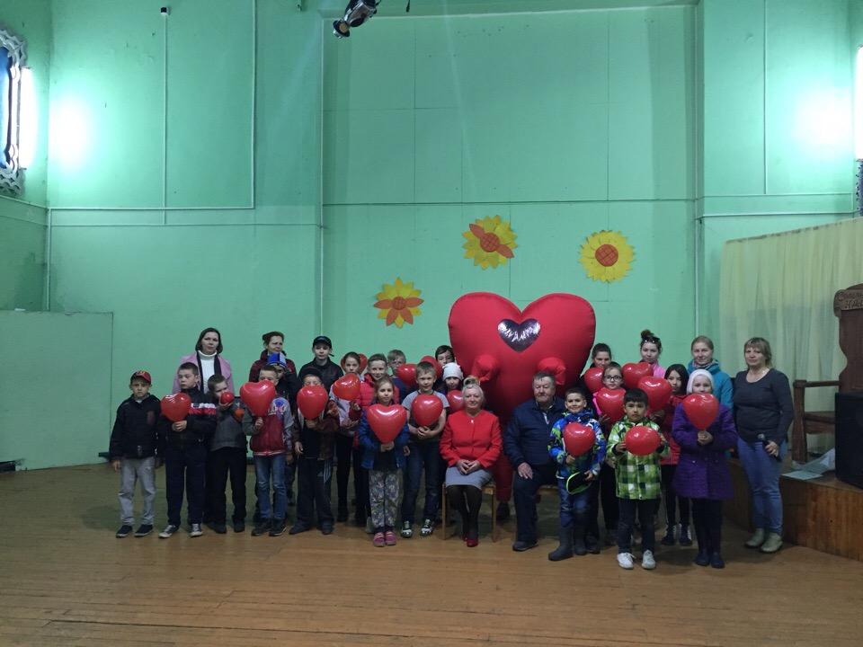 В Сольвычегодской школе с 1 июня традиционно работает детская площадка.