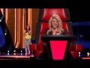 La cara de Shakira al escuchar su canción 'Loca' The Voice Highlight