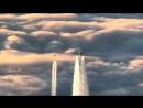 Pilot filmt einen anderen Jet beim Versprühen von Chemtrails