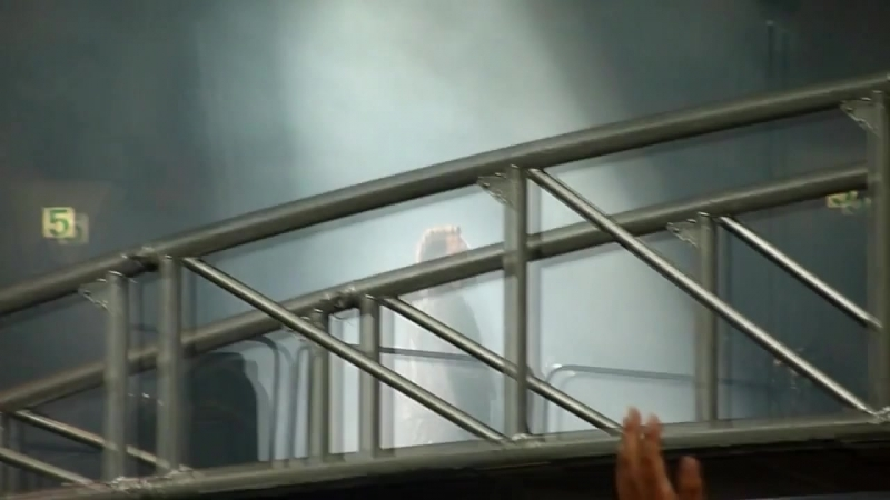 01 U2 – Space Oddity (Pa)=return Of The Stingray Guitar – Moscow BSA Luzhniki 25.08.2010