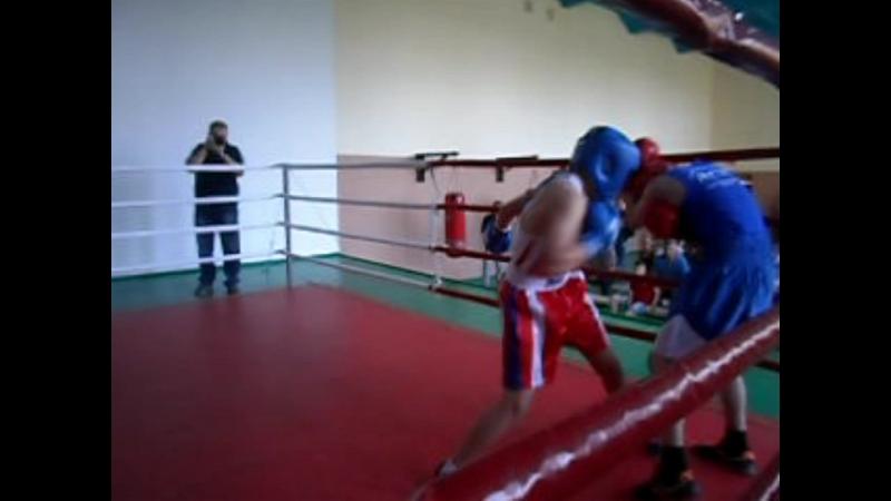 Полуфинал первенство г Лутугино Я в синем шлеме