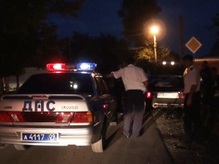 В смертельном ДТП при въезде в Черкесск пострадал стоявший на обочине сотрудник ДПС (ВИДЕО)