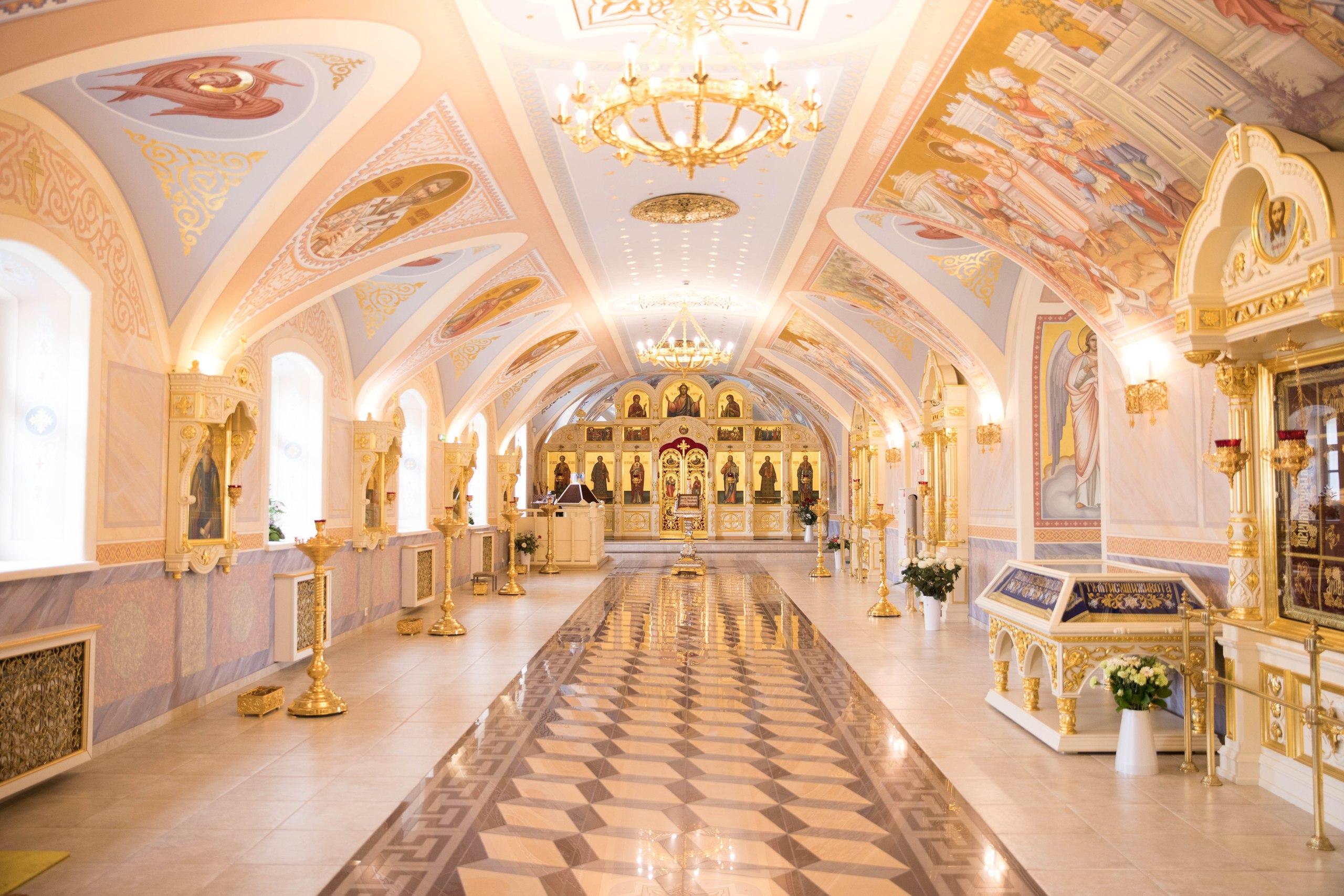 Завершились работы по росписи придела в честь священномученика Харалампия