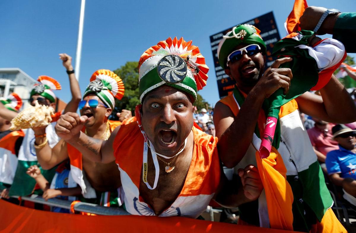 А мы фанатики крикета: Распаленные индийские болельщики посреди британского Бристоля