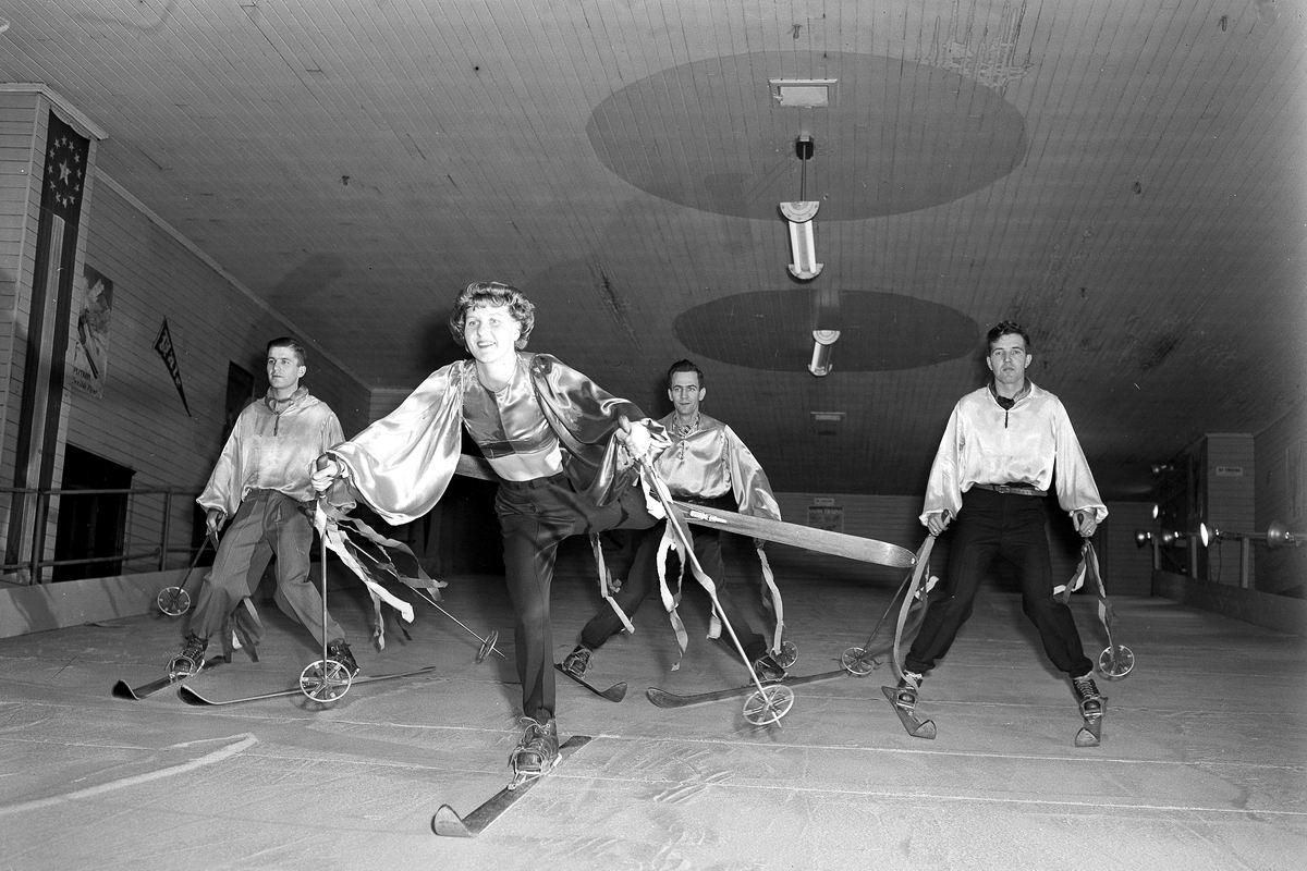А нам нравится лыжный балет: Танцевальные приколы (1947 год)